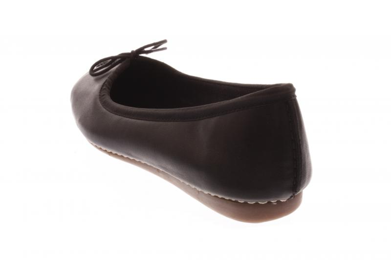 Clarks Freckle Ice Black Shoes