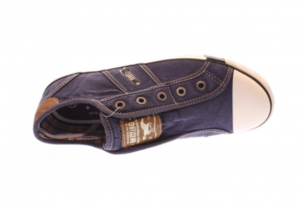 mustang damen halbschuh sneaker slipper jeansblau blau. Black Bedroom Furniture Sets. Home Design Ideas